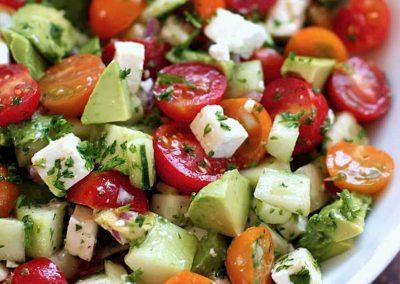 Salade de tomates cerises et concombres
